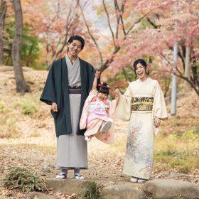 七五三ファミリーフォト 家族みんなで着物のお写真です。